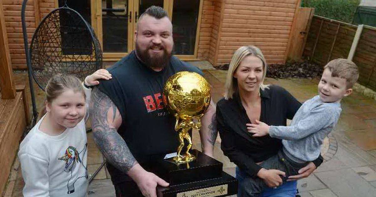 Eddie Hall with his wife and children