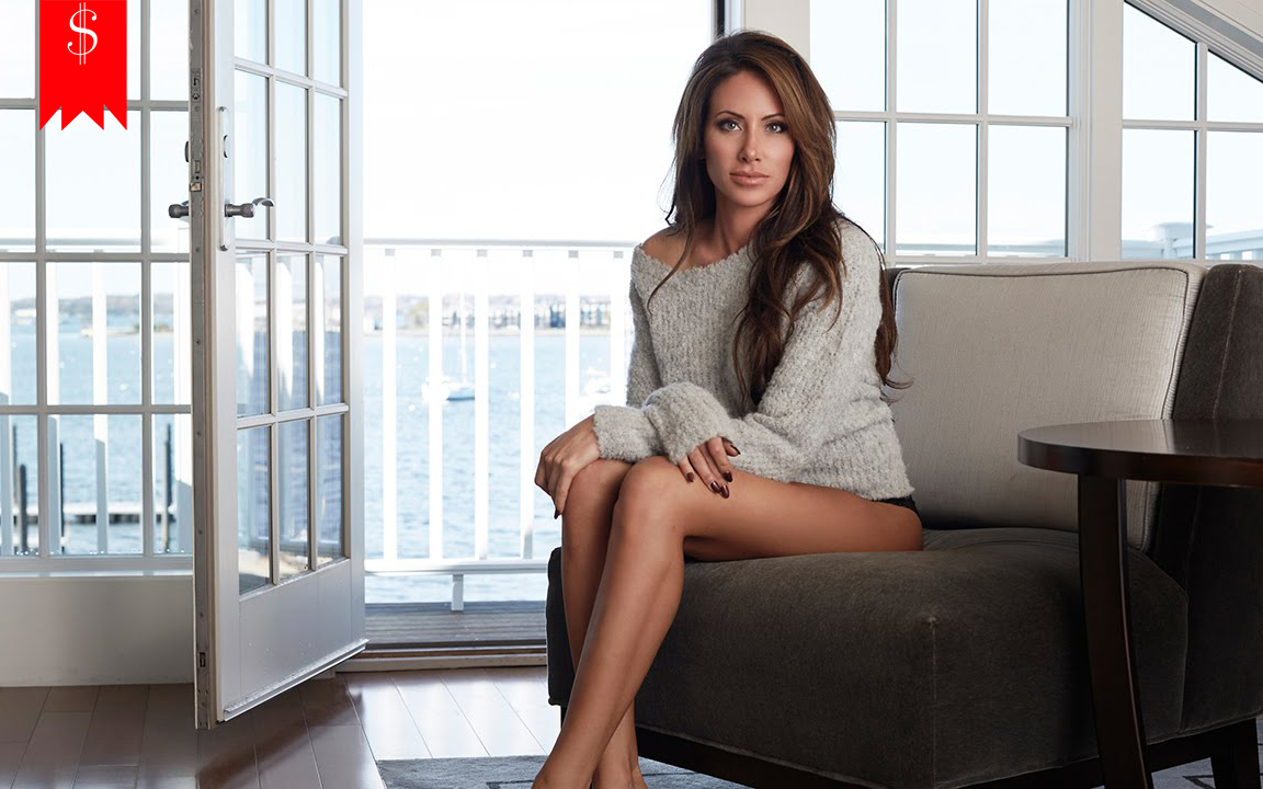 How much is the Net worth of Holly Sonders? Know about her salary,  husband, career, and more