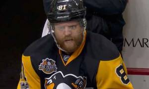 30 Years Ice Hockey Player Phil Kessel Dating Anyone as Girlfriend or He Is Married