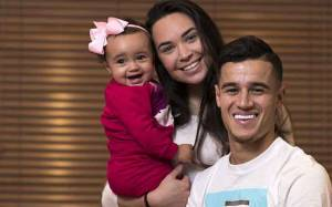 Barcelona Player Philippe Coutinho Married Aine Coutinho in 2012, Know Their Love Life And Children