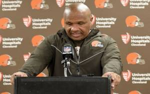 Coach Hue Jackson Fired After Cleveland Browns Made Only 3 Wins in 40 Games