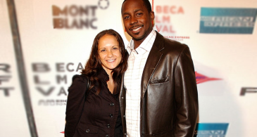 Desmond Howard is Living Happily with his Wife Rebkah Howard and Children