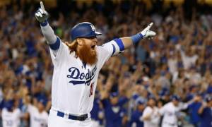 Dodgers' Justin Turner suffers a Broken Wrist injury; Will be out for some Months