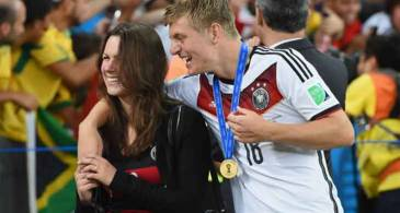 German Professional Footballer Toni Kroos is Living Happily with his Wife Jessica Farber; Has two Children