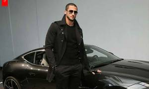 Currently a Free Agent, how much was Colin Kaepernick's salary previously? His Net worth and Earnings