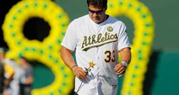 Jose Canseco Is Married and Divorced Twice,  How Is His Love Life At Present? Any Girlfriend?