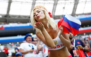 Natalya Nemchinova, Russian Hottest fan and ex-porn star, Predicted that Russia would Knock Spain out on Penalties