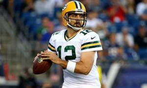 NFL Player Aaron Rodgers Is In a Married Relation or Dating Someone as Girlfriend