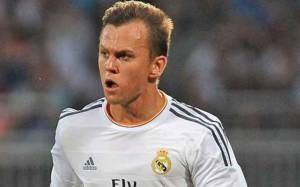 Real Madrid Youth product Denis Cheryshev Net worth, Salary, Married Life and Family